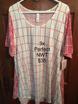 3x Lularoe Perfect T - NWT in Chicago, Illinois