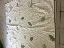 QUILT Leaf Single Bed or Couch with Sham in Ramstein, Germany