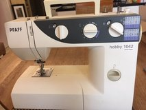 Pfaff Hobby 1042 Sewing Machine in Ramstein, Germany