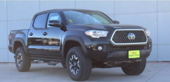 2018 Toyota Tacoma TRD Off Road Double Cab V6 AWD, Manual in Stuttgart, GE