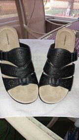 WOMEN'S CROFT & BARROW BLACK SANDALS / SHOES SIZE 9 in Aurora, Illinois