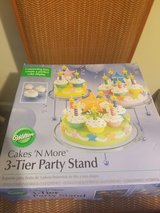 Wilton 3 tier party stand in Beaufort, South Carolina