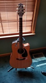 Takamine G series Acoustic elec Guitar in Wheaton, Illinois