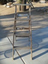---  Old 4' Wooden Ladders  --- in 29 Palms, California