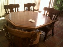 Table, octagon with 4 chairs in Alamogordo, New Mexico