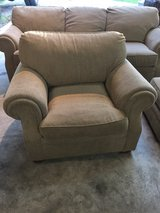 Flex steel couch chair and ottoman set in Fort Leonard Wood, Missouri