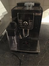 delonghi espresso machine with milk froth in Ramstein, Germany