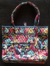 Vera Bradley Hand Bag in 29 Palms, California
