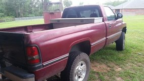 1998 Dodge 2500 in Lake Charles, Louisiana
