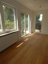 Reconstructed 4 BR, 2,5 BA home in Wiesbaden City- 10 min to Clay in Mannheim, GE