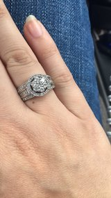 LIKE NEW SZ 7 One carat diamond white gold wedding ring in Fort Campbell, Kentucky