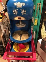 Snow Cone/Shaved Ice Machine with Cart and some supplies in Kingwood, Texas