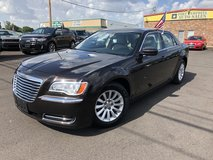 2013 CHRYSLER 300 300 SEDAN 4D V6 FLEX FUEL 3.6 LITER in Fort Campbell, Kentucky