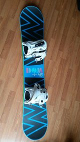 Snowboard 2008 Burton 46 with bindings in Orland Park, Illinois