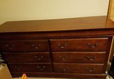 Dresser Chest Bedroom Wood 6 Drawers Buffet Hutch Buffet Rustic Country in Kingwood, Texas