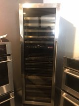 Stainless wine cooler in Cleveland, Texas