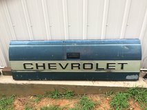 1990 Chevy tail gate in Fort Knox, Kentucky