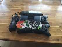XBOX360 with kinect, 2 controllers, games, 250gb memory in Ramstein, Germany