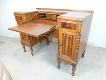 Vintage Early American Dropleaf Desk in Alvin, Texas