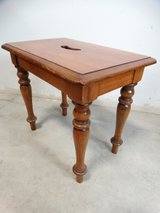 Vintage Early American Stool in Alvin, Texas