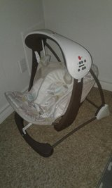 Fisher Price Portable Baby Swing in Fort Hood, Texas
