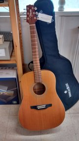 Takamine Acoustic Guitar with case in Chicago, Illinois