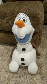 Jumbo Olaf needs a hug in Plainfield, Illinois