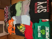 Boys 4T short sleeve shirts in Chicago, Illinois