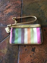 coach poppy wristlet in Ramstein, Germany