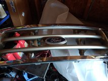 99-04 OEM ford superduty grill in Alamogordo, New Mexico