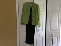 Lime/navy Pant Suit in Camp Lejeune, North Carolina