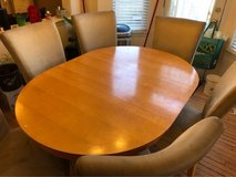 Breakfast Table with 6 chairs in Naperville, Illinois
