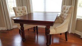 Beautiful! Antique Oak Dining Table in Schaumburg, Illinois