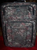 TWO PIECE TAPESTRY ATALATIC LUGGAGE in Naperville, Illinois