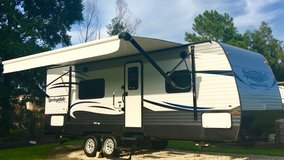 2016 keystone Springdale 28ft  Sleeps 4 or 6 in Lake Charles, Louisiana