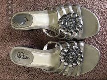 women's shoes sz6 and 6.5 in Fort Campbell, Kentucky