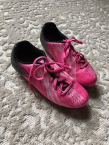 Girls Umbro soccer cleats in Plainfield, Illinois