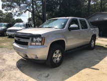 2007 CHEVY AVALANCHE LT 4X4 NICE TRUCK in Camp Lejeune, North Carolina
