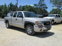 2006 GMC SIERRA 1500 EXT CAB, 4X4, NICE TRUCK in bookoo, US