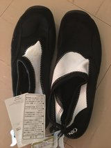 new mens water shoes jap size 28.0 in Okinawa, Japan