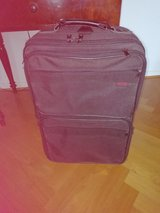 SUITCASE (22X15X8 INCHES) in Wiesbaden, GE