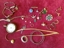 Odd and End pieces of jewelry in Fort Campbell, Kentucky