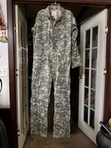 "Military Coveralls ""NEW"" (Medium) in Beaufort, South Carolina"