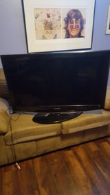 "samsung 40"" led tv in Fort Knox, Kentucky"