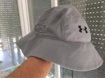 2 Under Armour ArmourVent Bucket Hats in Grafenwoehr, GE