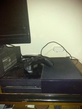 500 gig Xbox one in Baytown, Texas