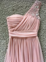 Beautiful Light Pink, Floor Length Homecoming/Prom Dress Size 3/4 in Lockport, Illinois