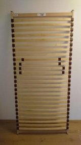 Bed, Slatted frame, 90x200cm in Wiesbaden, GE