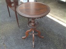 Antique Round Side Table in Bartlett, Illinois