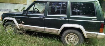 1996 Jeep Cherokee 4x4 in Cleveland, Texas